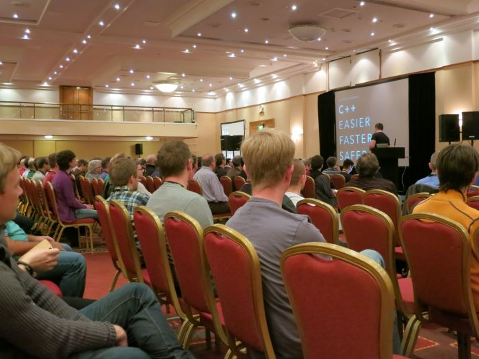 chandler_carruth presenting 'C++: Easier, Faster, Safer' at ACCU 2015